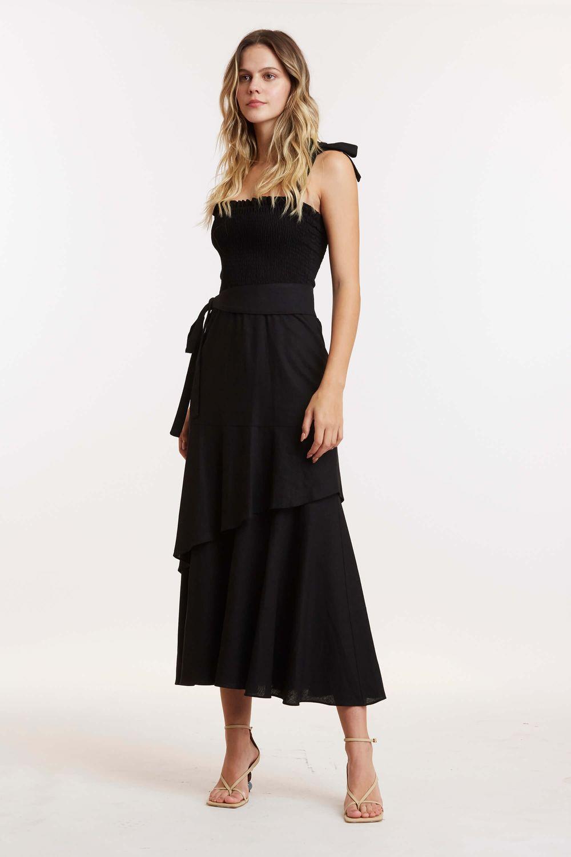 Vestido-linho-alca-5997-1020_POSE