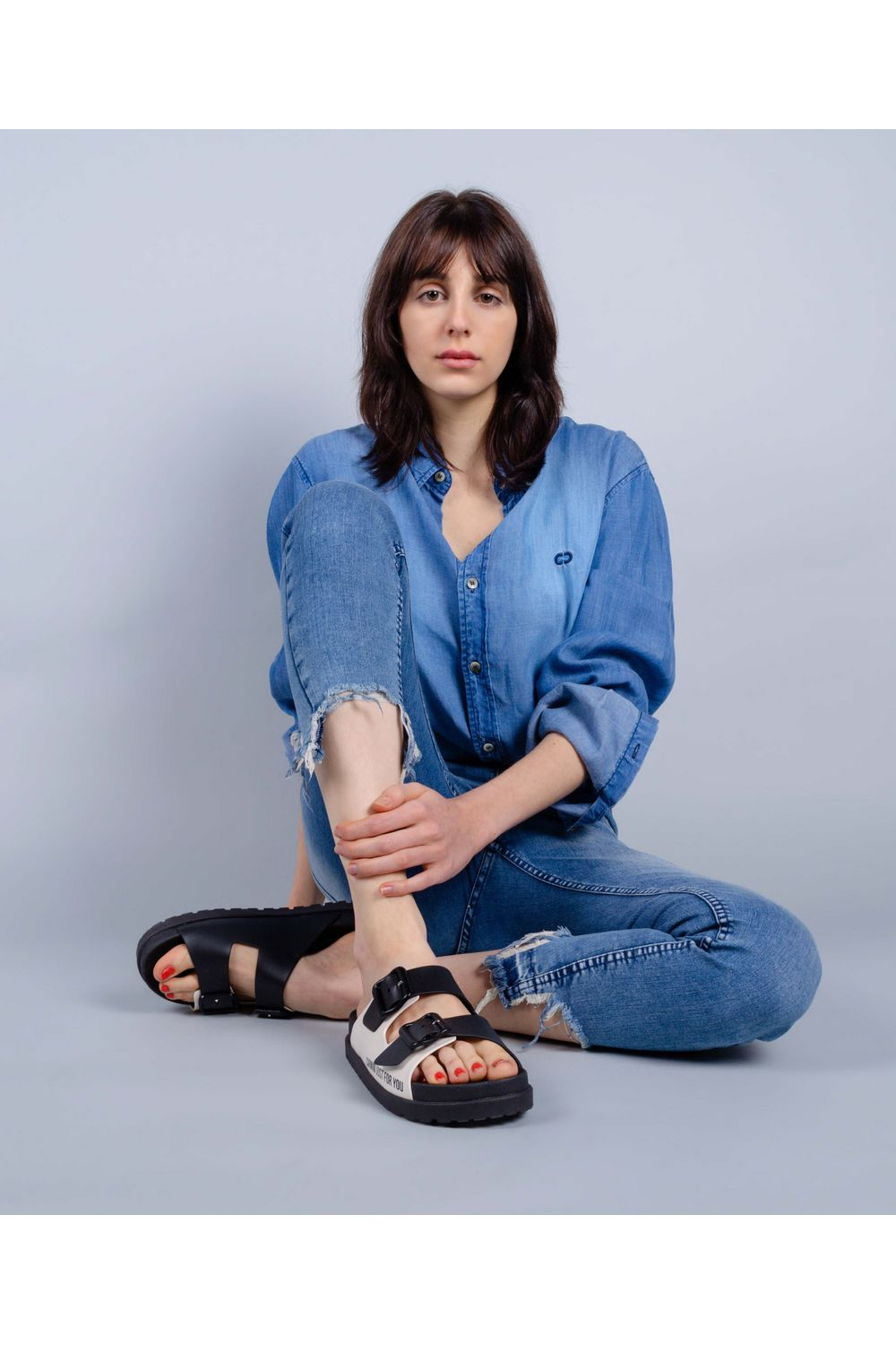 CALCA-JEANS-LY-DIFER-DUBIA-J1579-POSE1