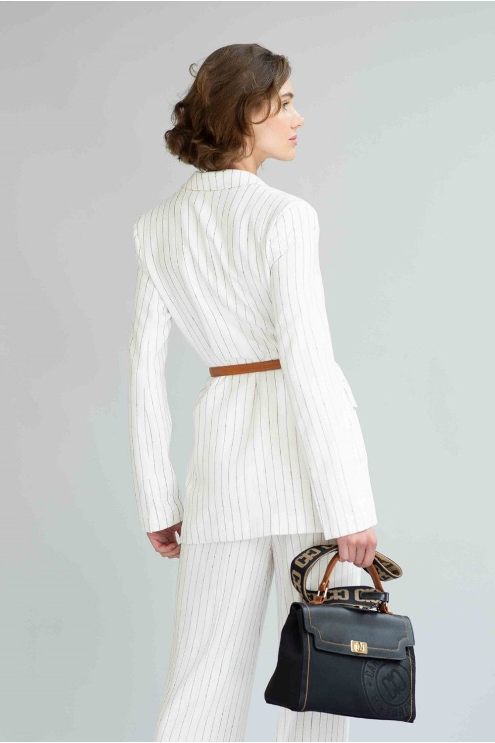CASACO-BUCLE-OFF-WHITE-F956-COSTAS